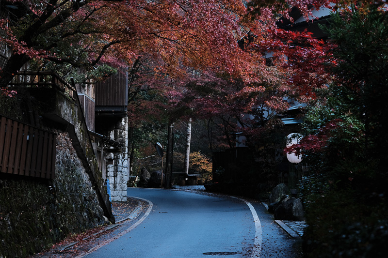京都の写真をクラシッククロームで現像したら最高だった。